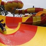 Wahana Dragon Slide di Atlantis